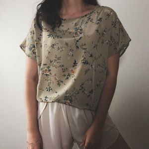 Tops - ARISTIDE floral boxy top